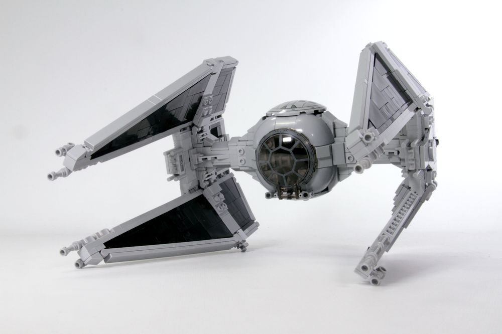 LEGO MOC-11974 TIE Interceptor - Perfect Minifig Scale (Star