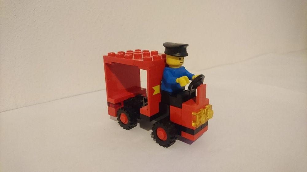 LEGO MOC-13861 6624-large-cargo-van (Town > Classic Town