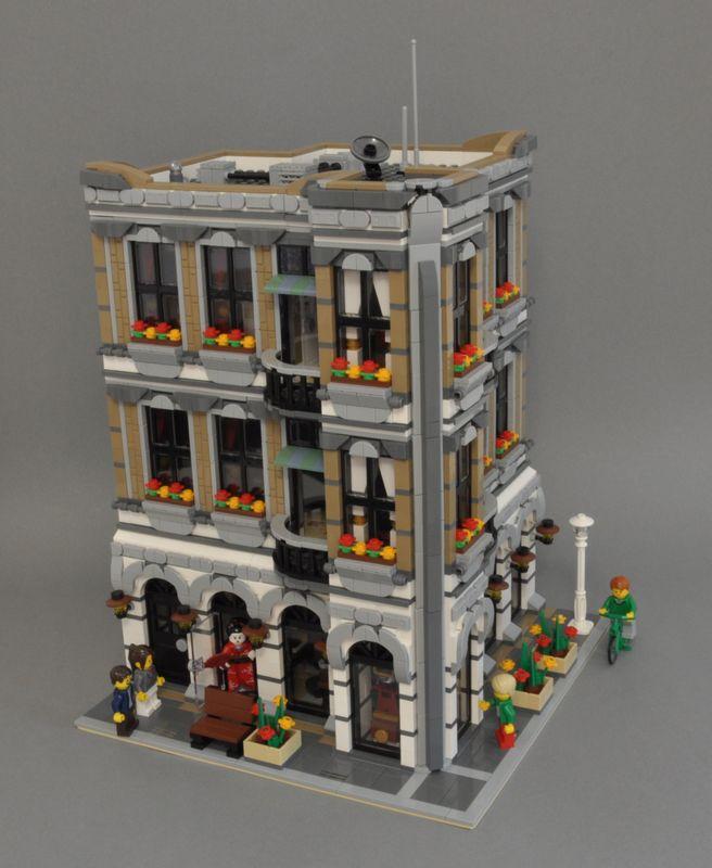 LEGO MOC-14672 Modular Sushi Bar (Modular Buildings 2018