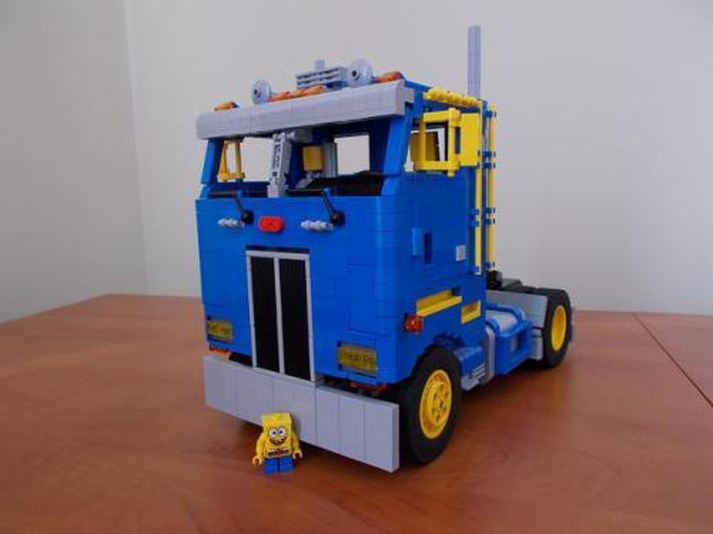 LEGO MOC-1573 Peterbilt 362 Space Truck (Technic 2014