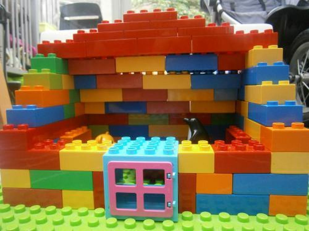Lego moc 1727 duplo house duplo 2014 rebrickable build with lego - Make a house a home ...