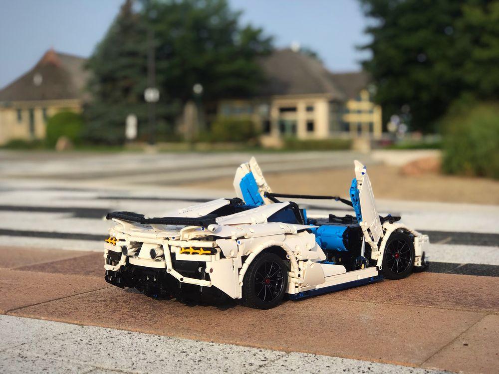 LEGO MOC-17698 Lamborghini Aventador SVJ Roadster (Technic ...