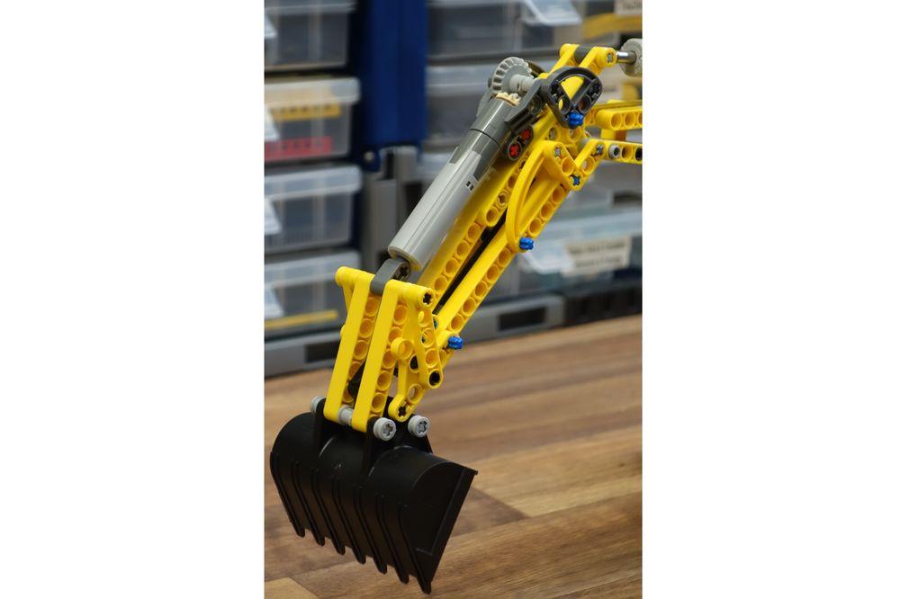 LEGO MOC-20309 42006 MOD - bucket tool (Technic > Model