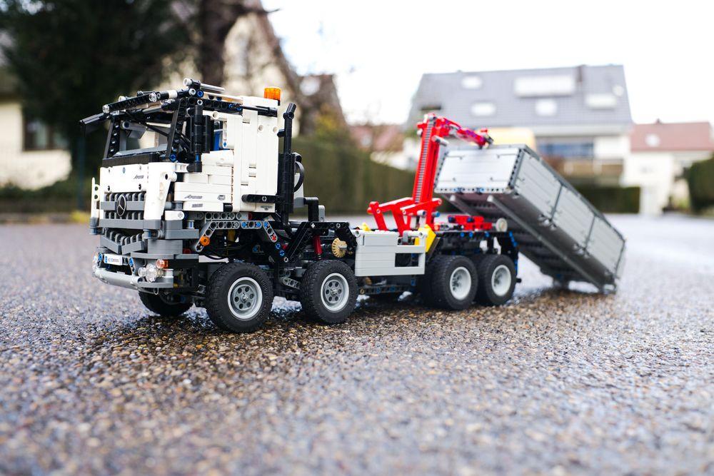 LEGO MOC-21853 LEGO Technic Arocs Hook Lift Truck (Technic
