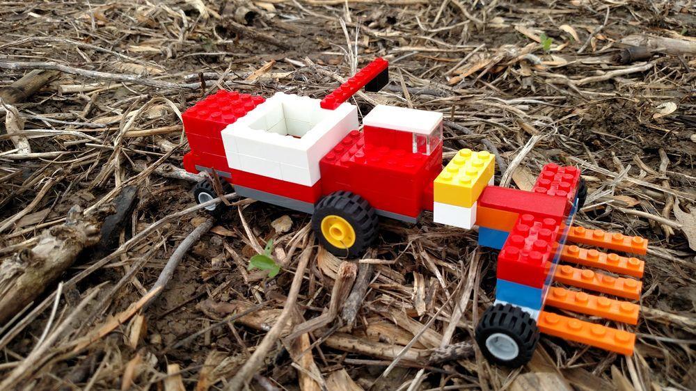 LEGO MOC-25148 Massey Ferguson MF 510 Combine with Corn head