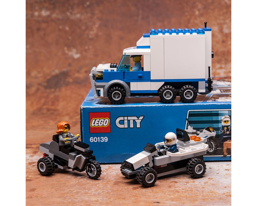 Lego Moc 60139 Police Truck Villain S Rides By Keep On Bricking Rebrickable Build With Lego