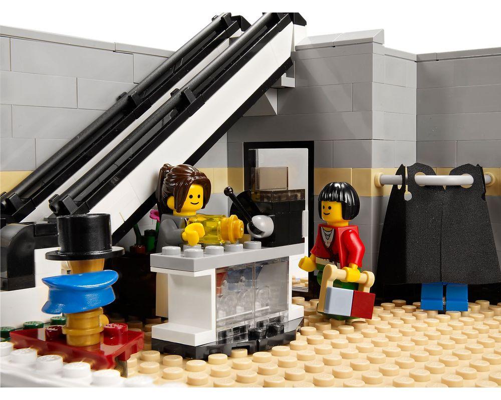 LEGO Set 10211-1 Grand Emporium