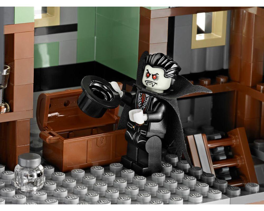LEGO Set 10228-1 Haunted House