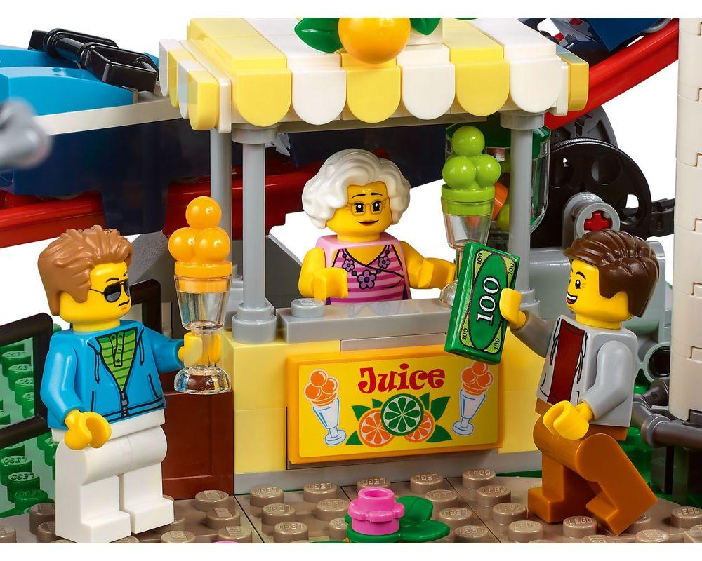 LEGO Set 10261-1 Roller Coaster