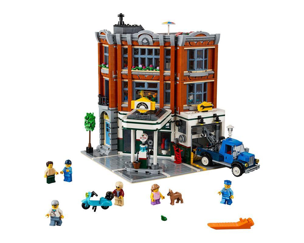 LEGO Set 10264-1 Corner Garage (Model - A-Model)