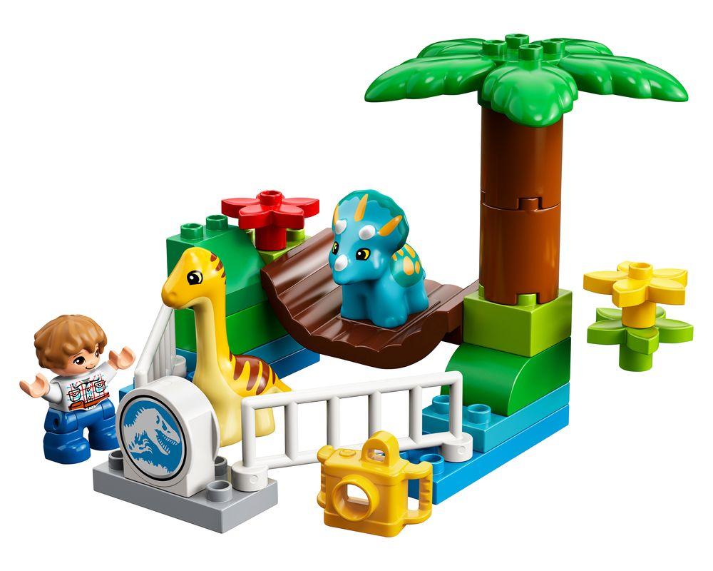 LEGO Set 10879-1 Gentle Giants Petting Zoo (Model - A-Model)