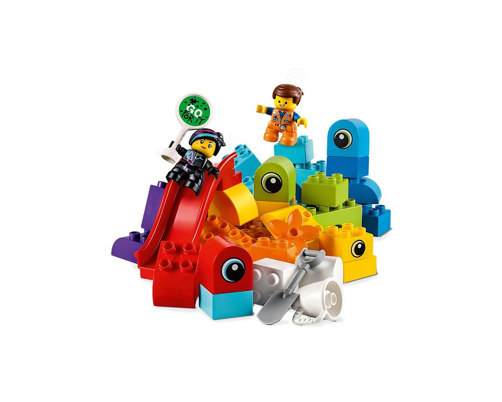 LEGO Set 10895-1 Emmet and Lucy's Visitors from the DUPLO Planet