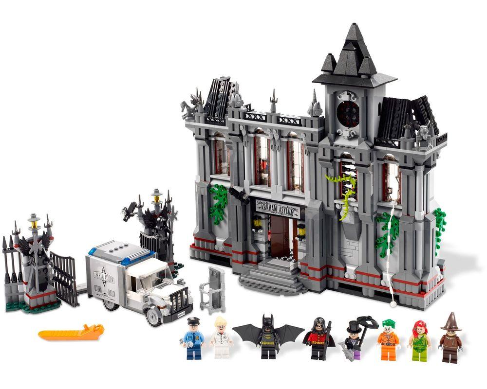 LEGO Set 10937-1 Batman: Arkham Asylum Breakout (Model - A-Model)