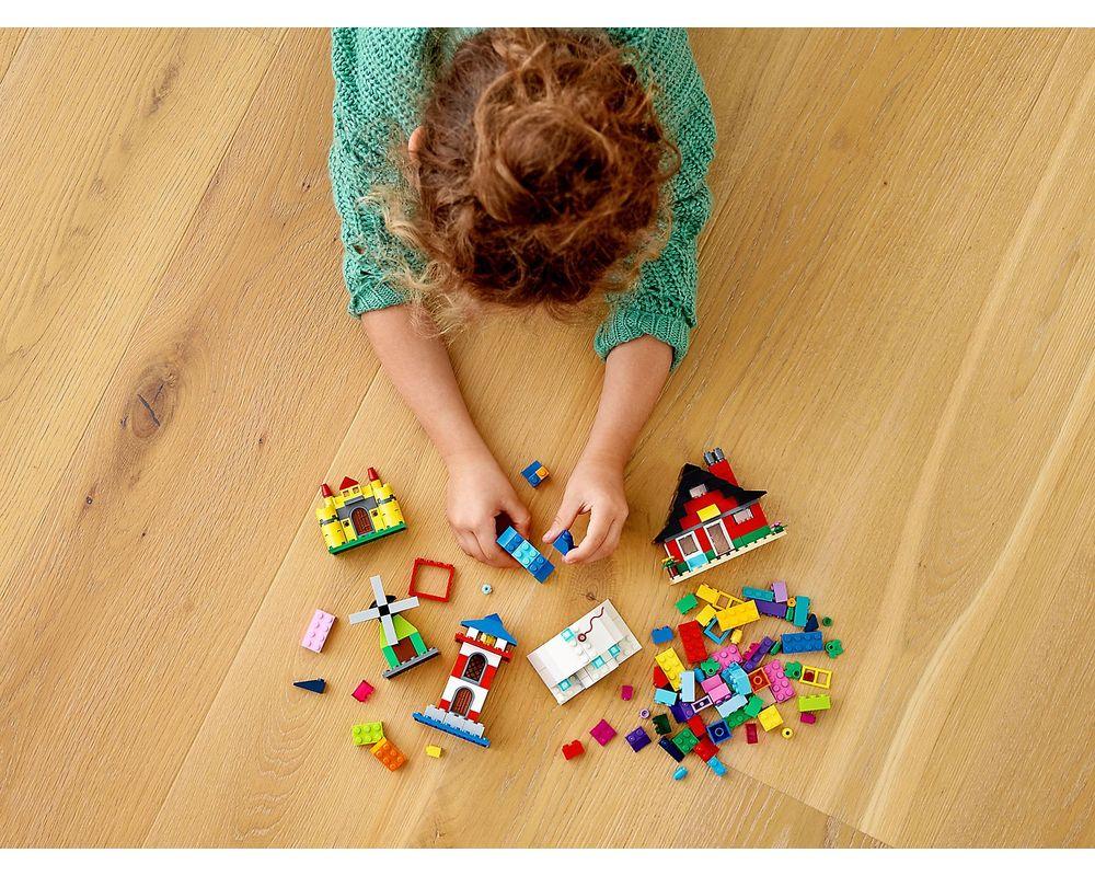 LEGO Set 11008-1 Bricks and Houses