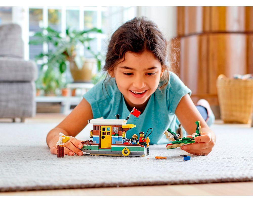 LEGO Set 31093-1 Riverside Houseboat