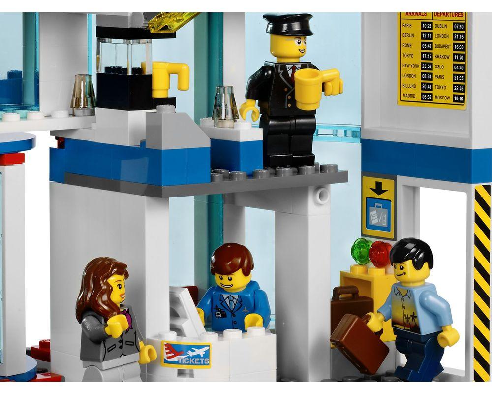 LEGO Set 3182-1 Airport