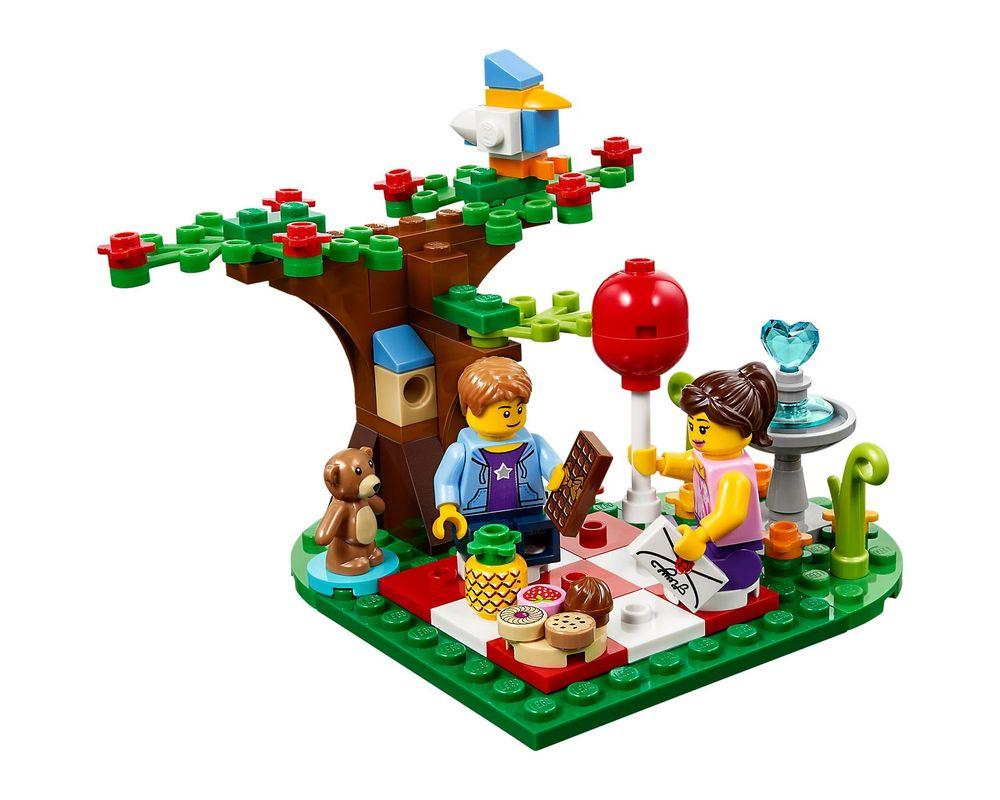 LEGO Set 40236-1 Romantic Valentine Picnic