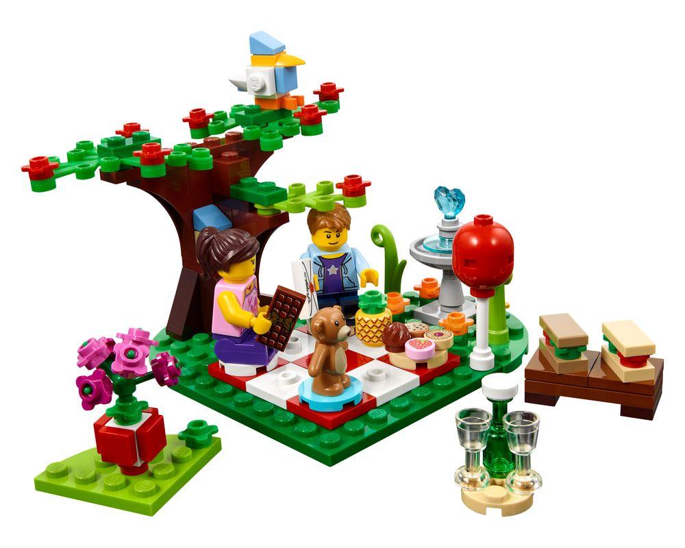 LEGO Set 40236-1 Romantic Valentine Picnic (Model - A-Model)