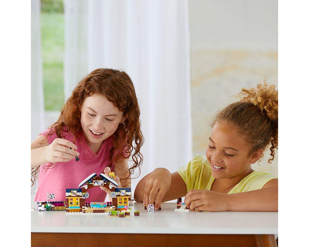 LEGO Set 41322-1 Snow Resort Ice Rink