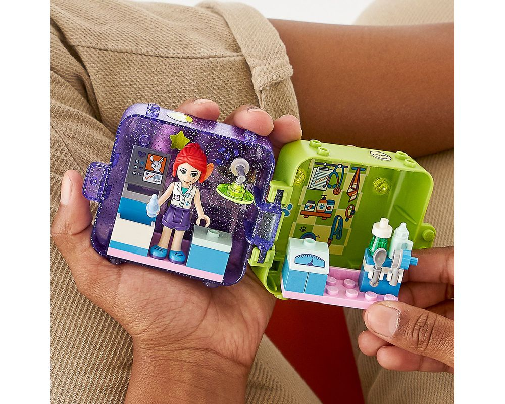 LEGO Set 41403-1 Mia's Play Cube - Dark Azure Rabbit