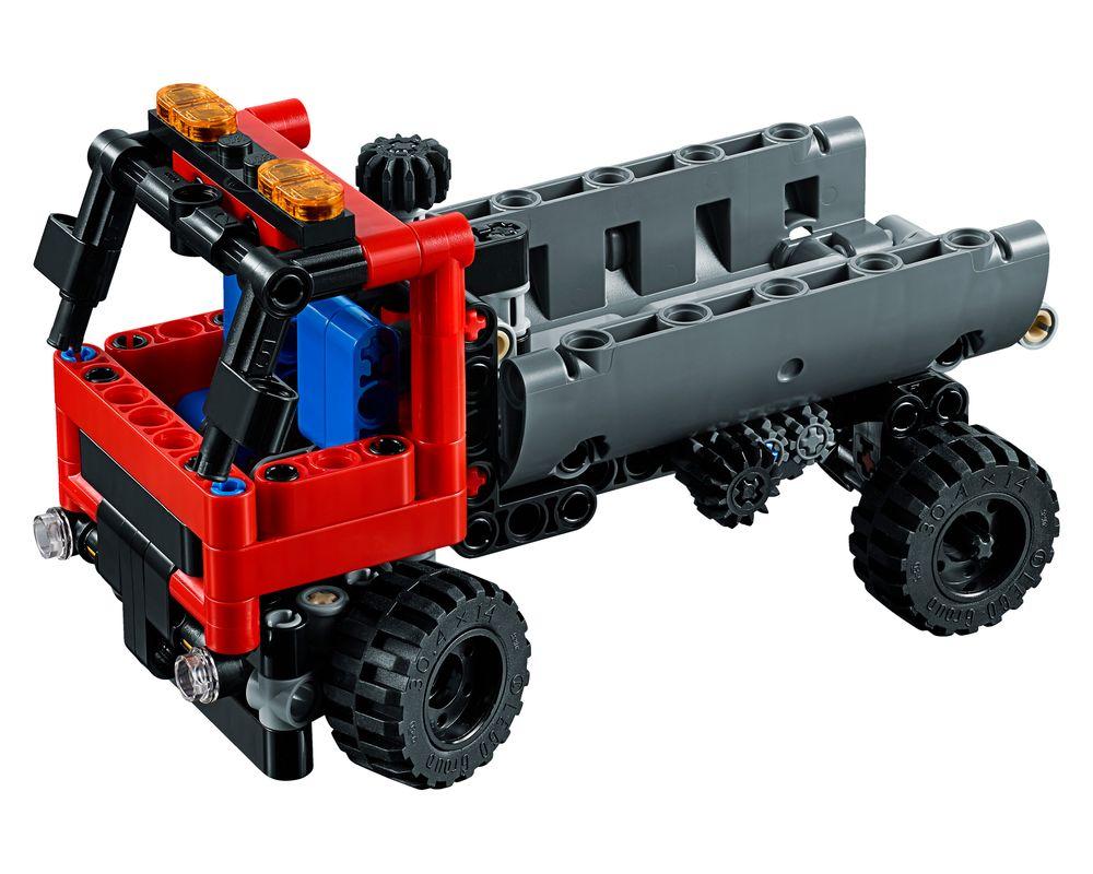 LEGO Set 42084-1 Hook Loader (LEGO - Model)