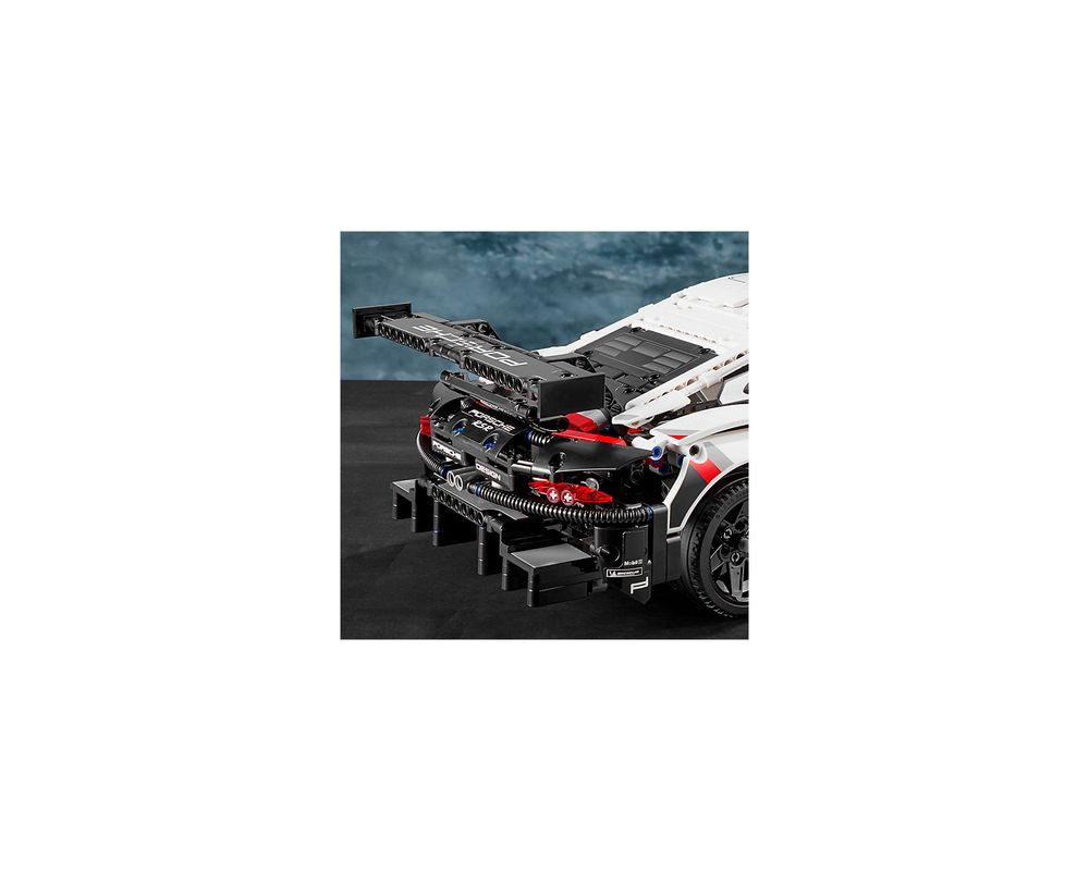 LEGO Set 42096-1 Porsche 911 RSR