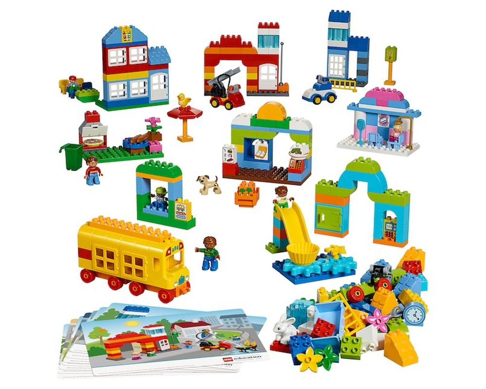 LEGO Set 45021-1 Our Town (2017 Educational and Dacta ...