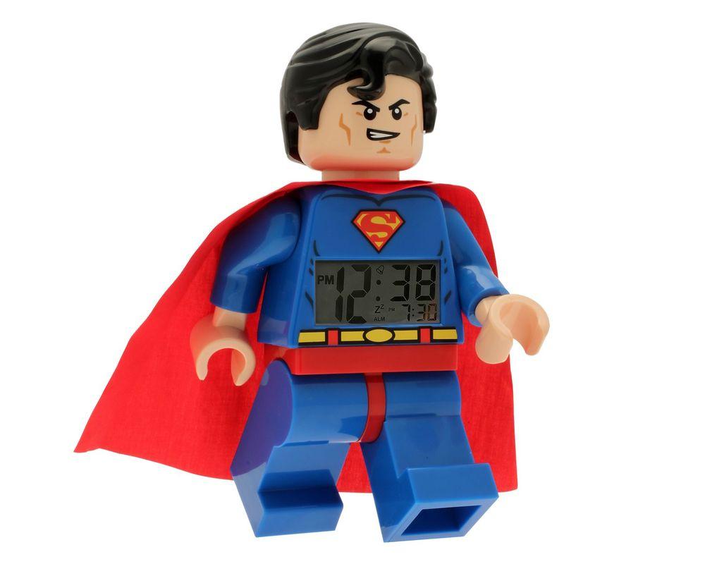 LEGO Set 5002424-1 Superman Minifigure Clock