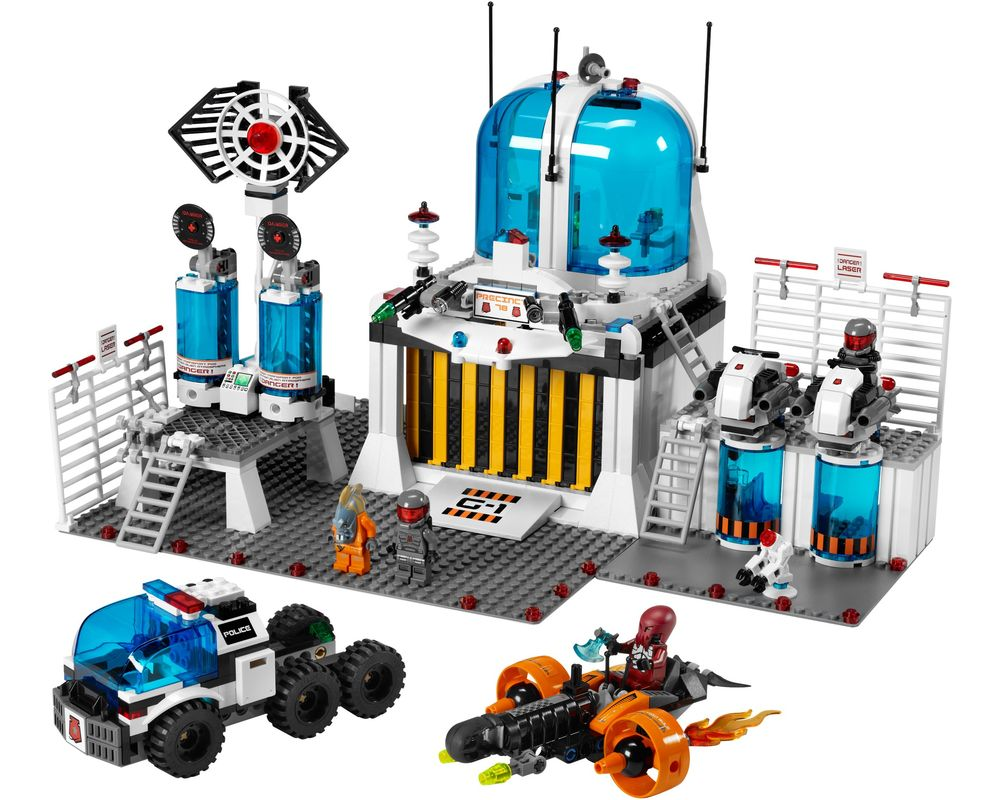LEGO Set 5985-1 Space Police Central (Model - A-Model)