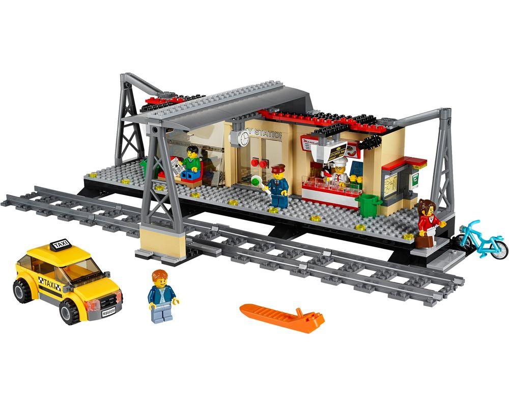 LEGO Set 60050-1 Train Station (LEGO - Model)