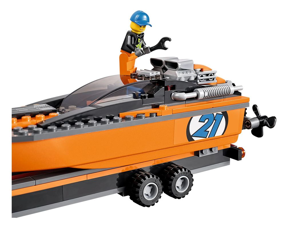 LEGO Set 60085-1 4x4 with Powerboat