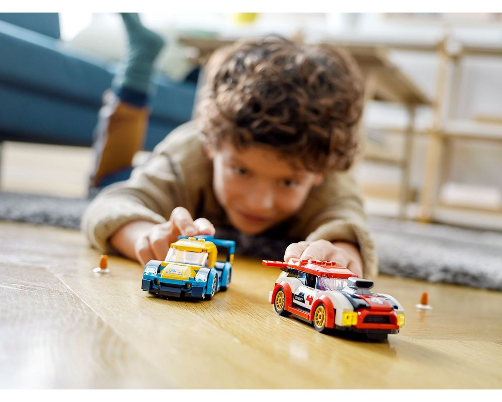 LEGO Set 60256-1 Racing Cars (2020 Town > City > Traffic ...