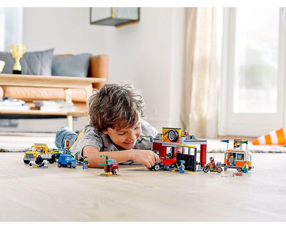 LEGO Set 60258-1 Tuning Workshop (LEGO - Other)