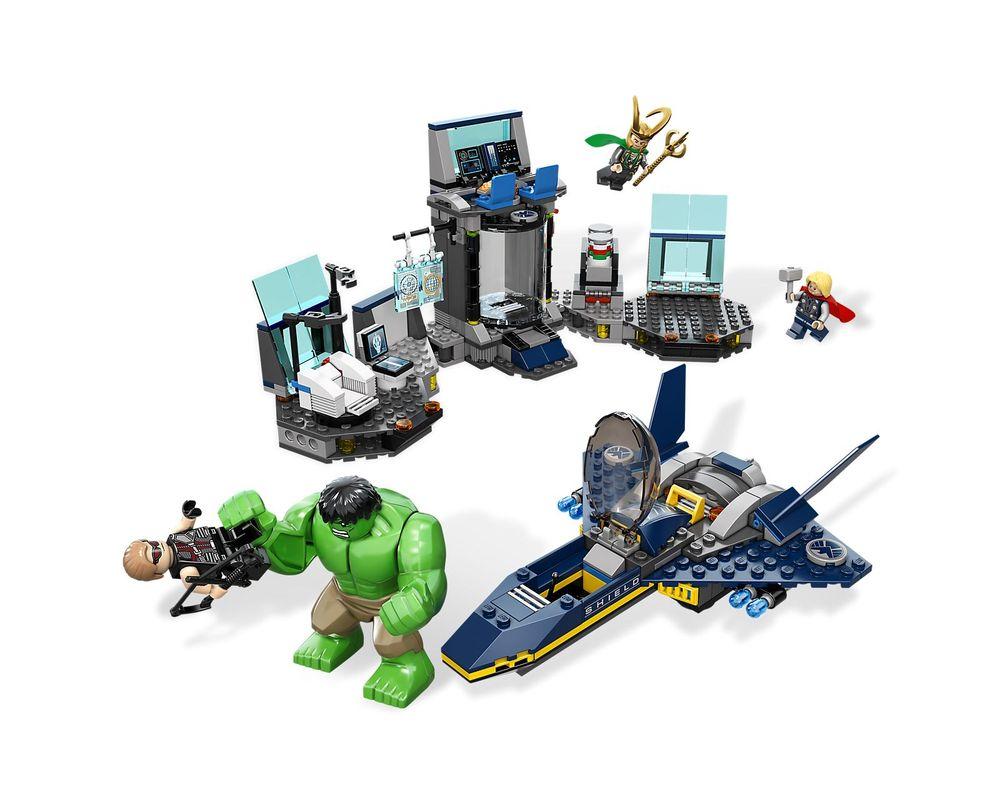 LEGO Set 6868-1 Hulk's Helicarrier Breakout
