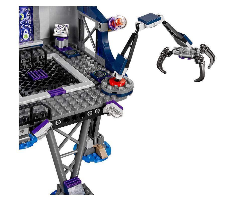 LEGO Set 70172-1 AntiMatter's Portal Hideout
