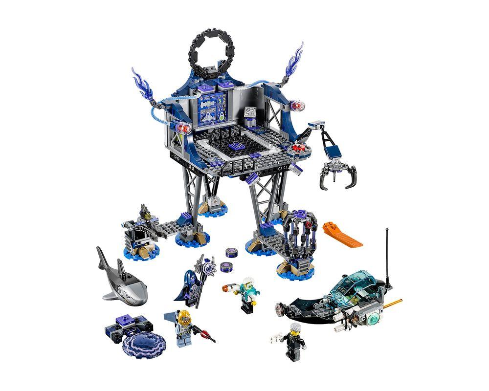 LEGO Set 70172-1 AntiMatter's Portal Hideout (LEGO - Model)