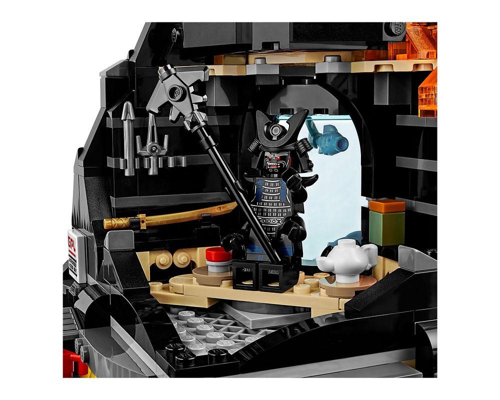 LEGO Set 70631-1 Garmadon's Volcano Lair
