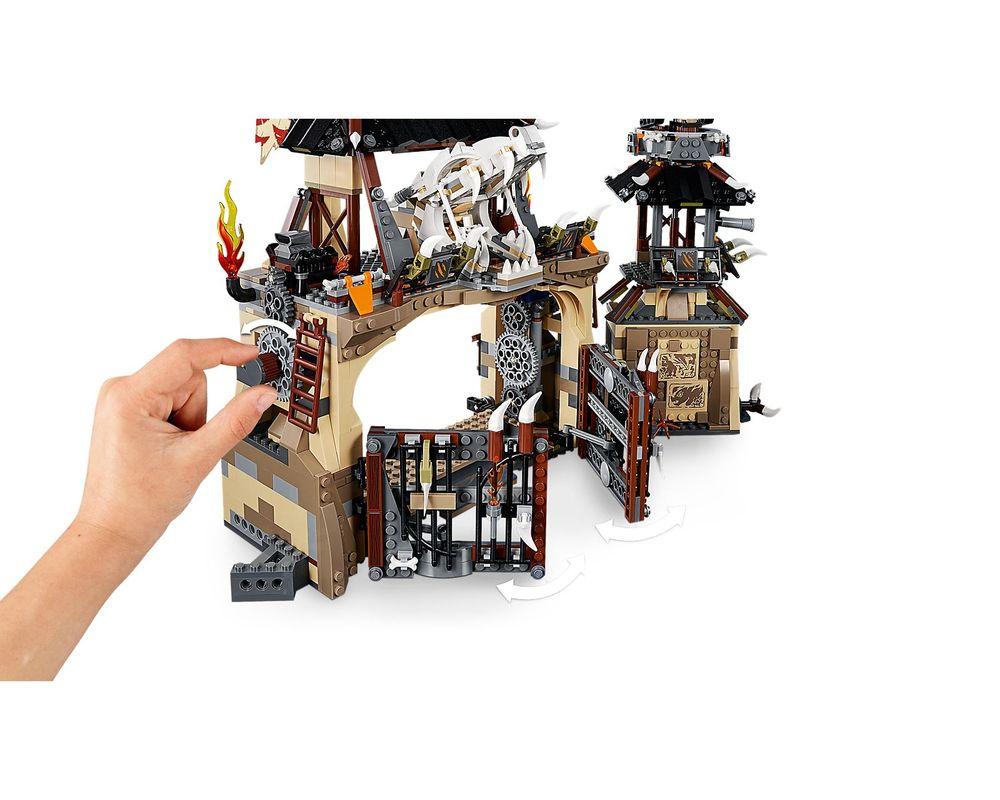 LEGO Set 70655-1 Dragon Pit