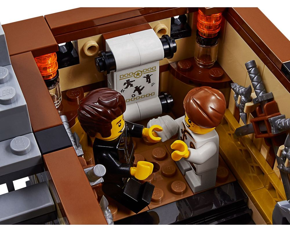 LEGO Set 70657-1 Ninjago City Docks