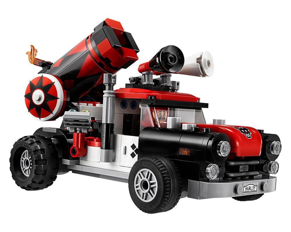 LEGO Set 70921-1 Harley Quinn Cannonball Attack