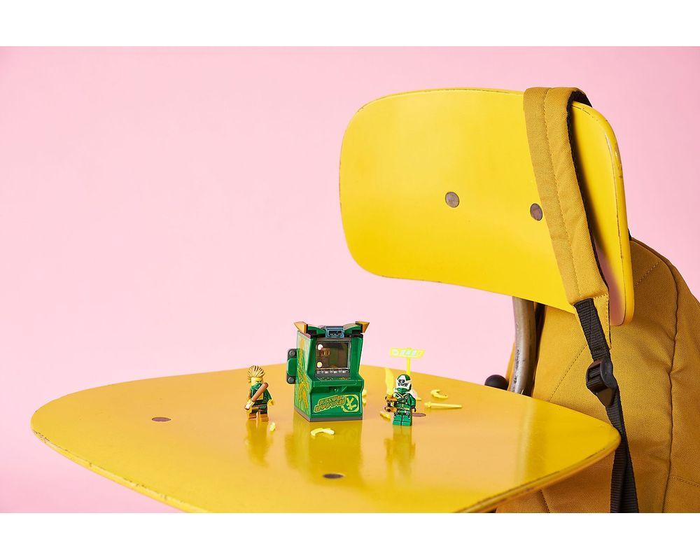 LEGO Set 71716-1 Lloyd Avatar - Arcade Pod