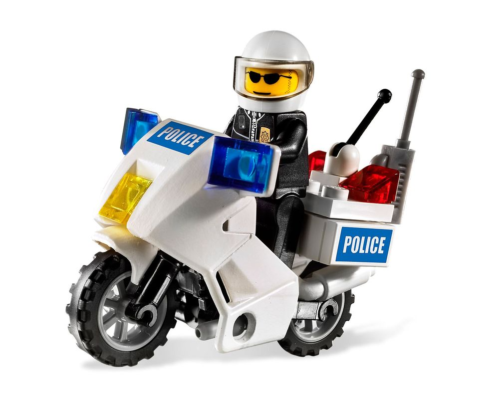 LEGO Set 7235-2 Police Motorcycle - Blue Sticker Version