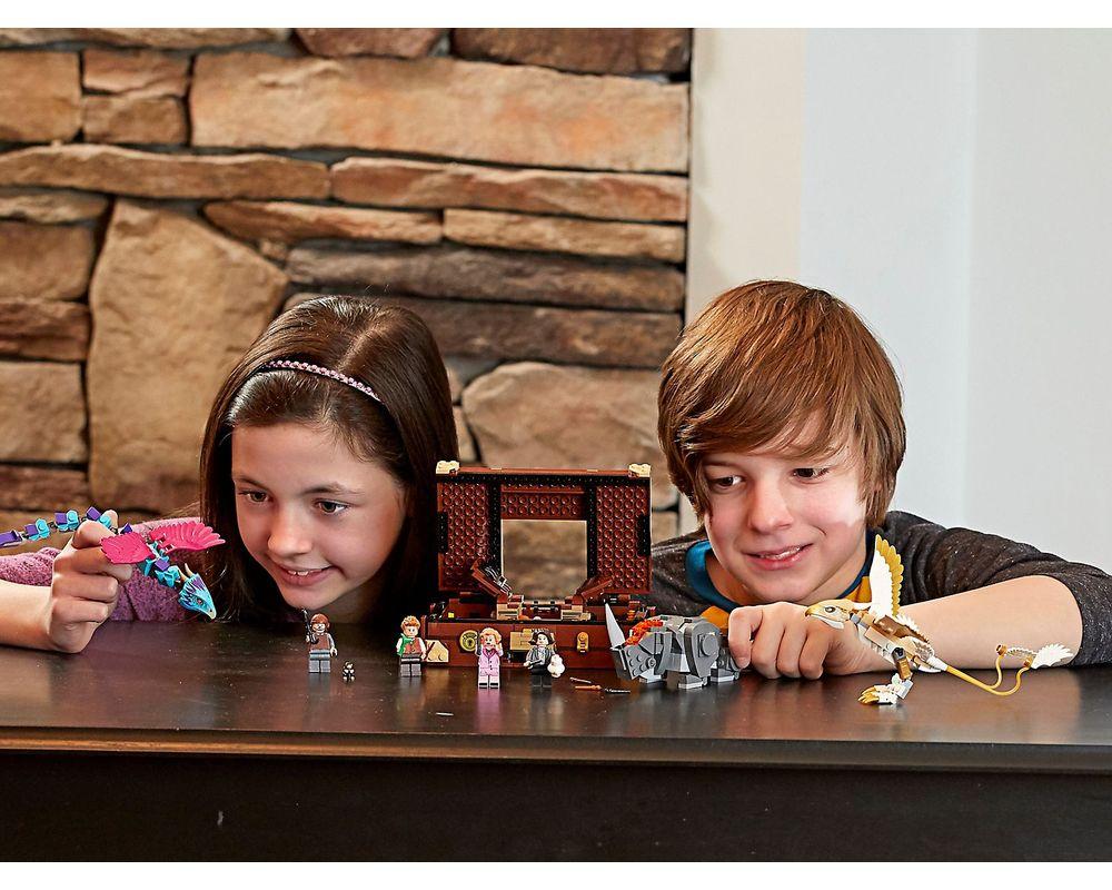 LEGO Set 75952-1 Newt's Case of Magical Creatures