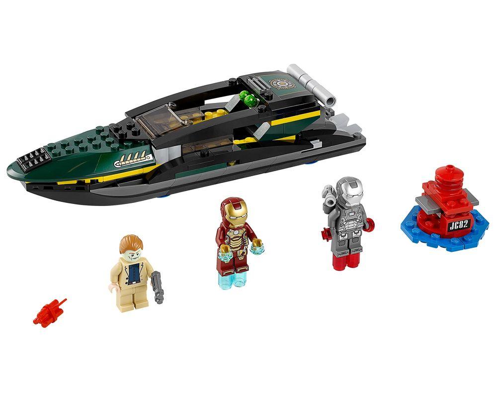 LEGO Set 76006-1 Iron Man: Extremis Sea Port Battle (LEGO - Model)