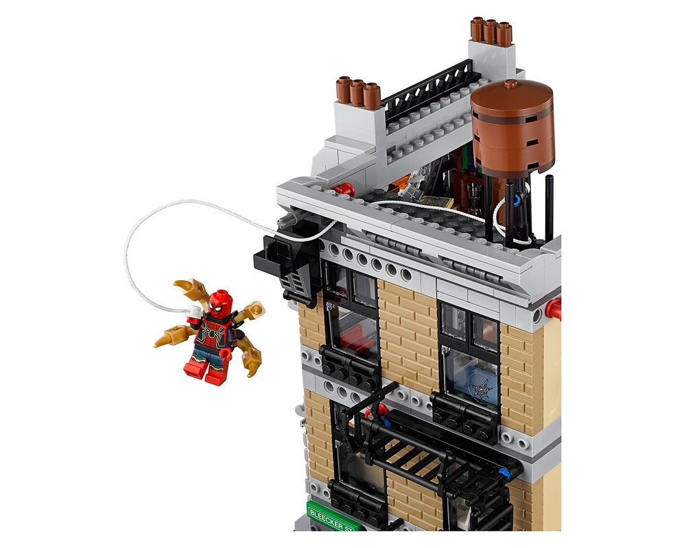 LEGO Set 76108-1 Sanctum Santorum Showdown