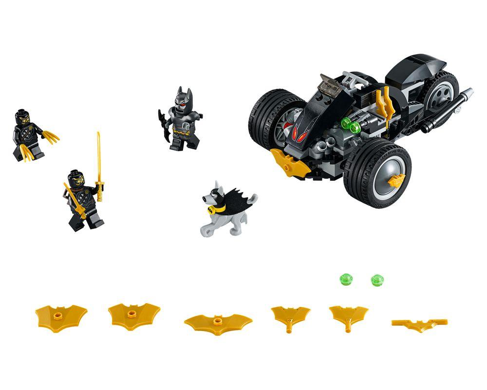 LEGO Set 76110-1 Batman: The Attack of the Talons (Model - A-Model)