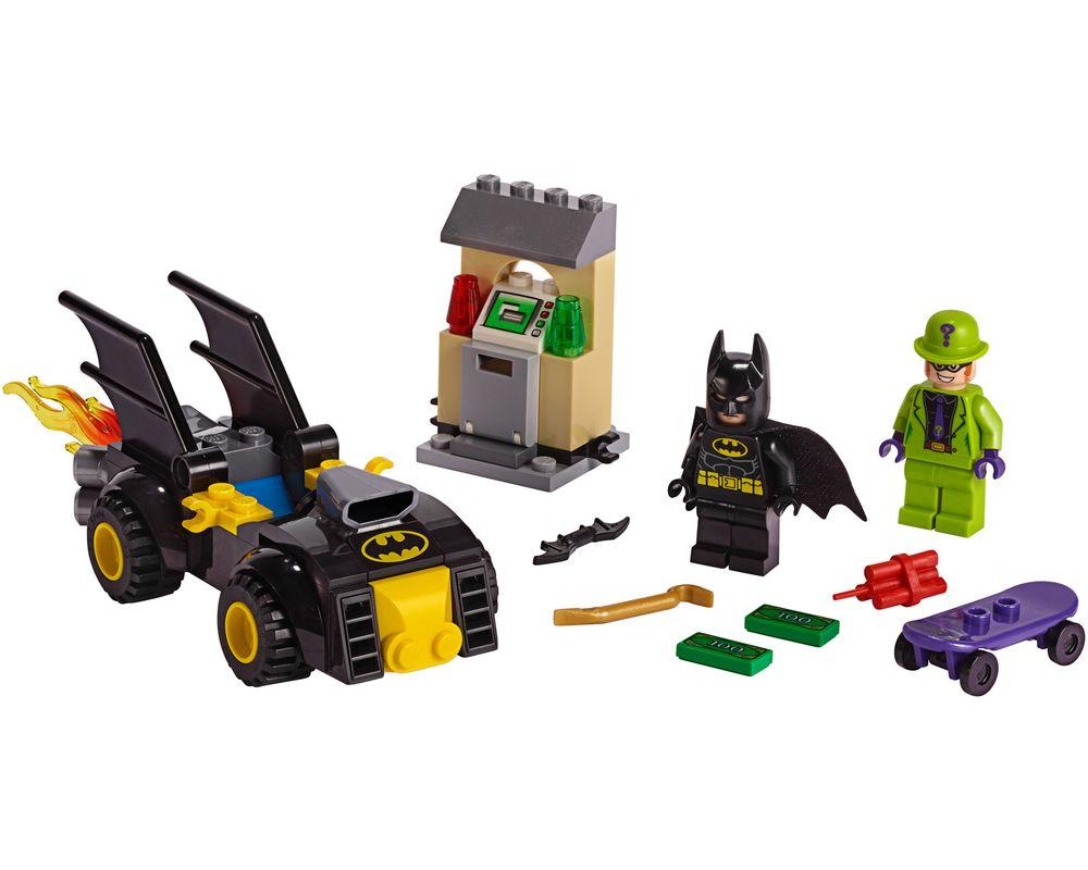 LEGO Set 76137-1 Batman vs. The Riddler Robbery (Model - A-Model)