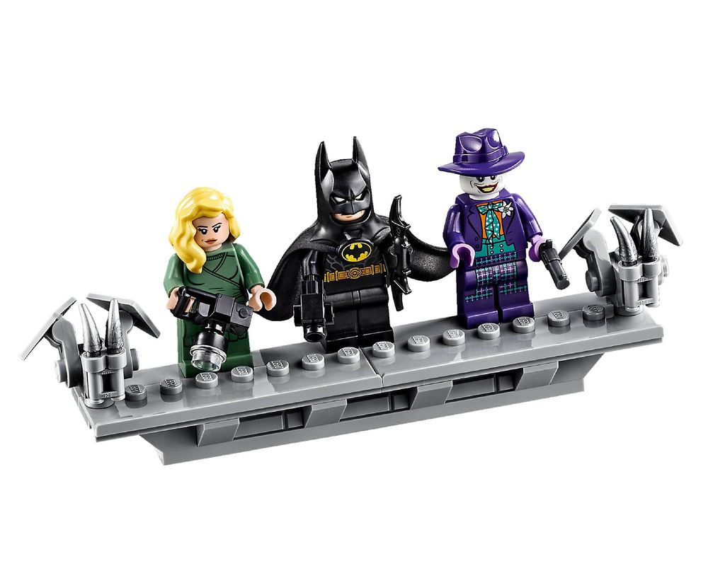 LEGO Set 76139-1 1989 Batmobile (Minifig - Front)