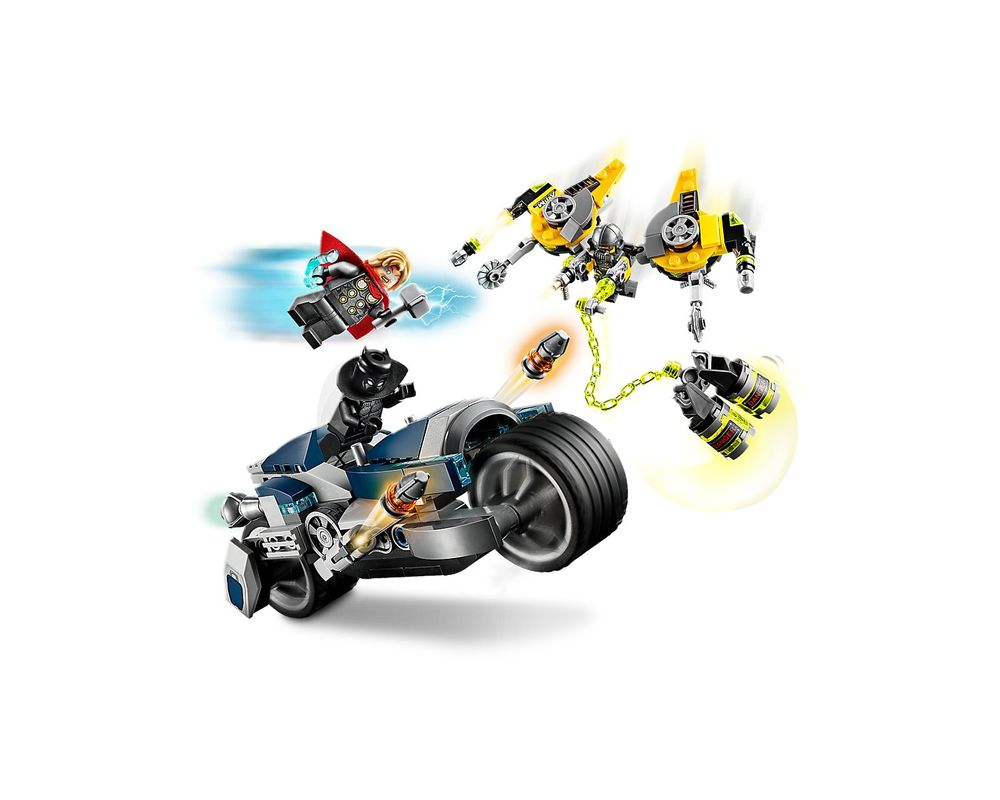 LEGO Set 76142-1 Avengers Speeder Bike Attack