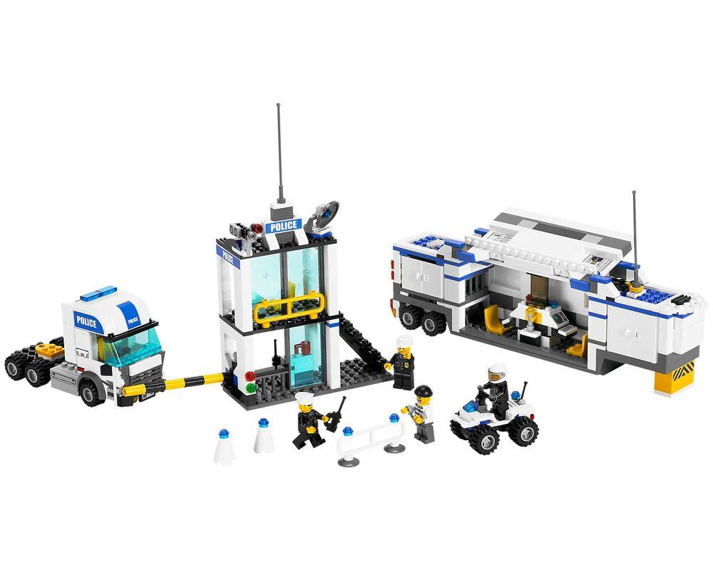 LEGO Set 7743-1 Police Command Center